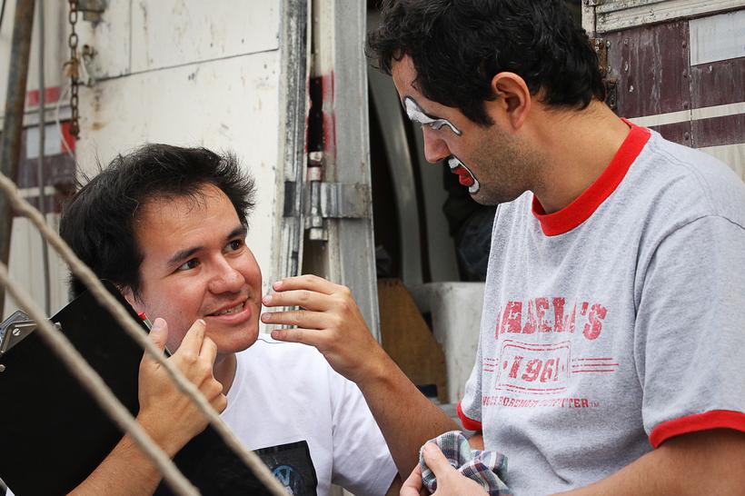 Saqras Films Director Roberto Flores on the set of - La Última Función