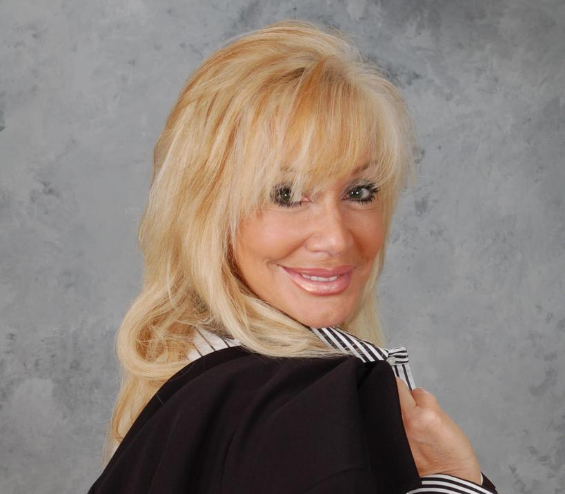 Author Victoria Howard