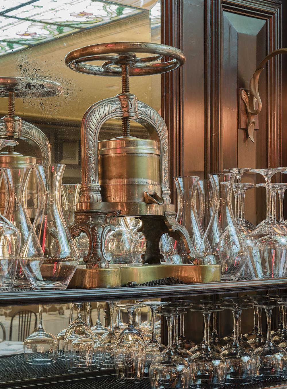 Restaurant Review : La Goulue, Upper East Side, New York