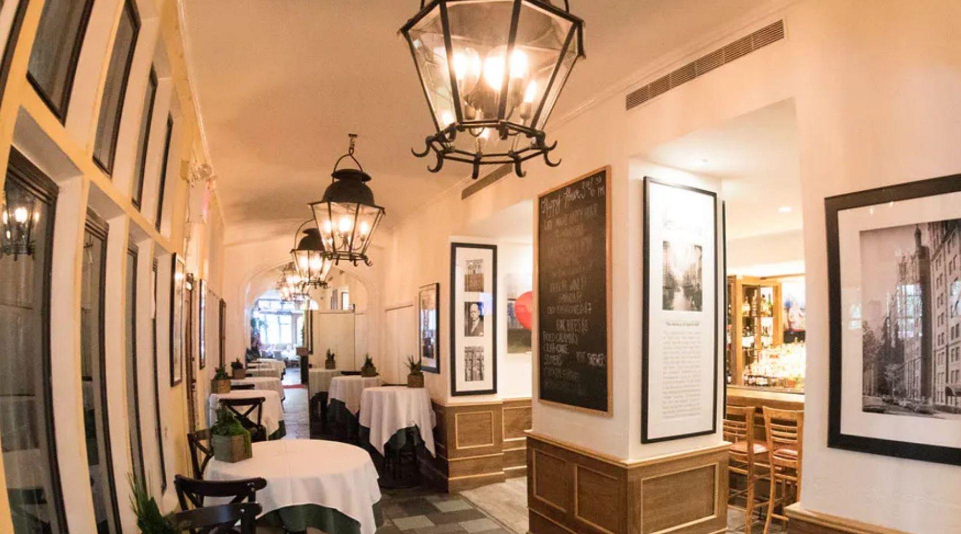 Tudor City Steakhouse - Bar, Lounge