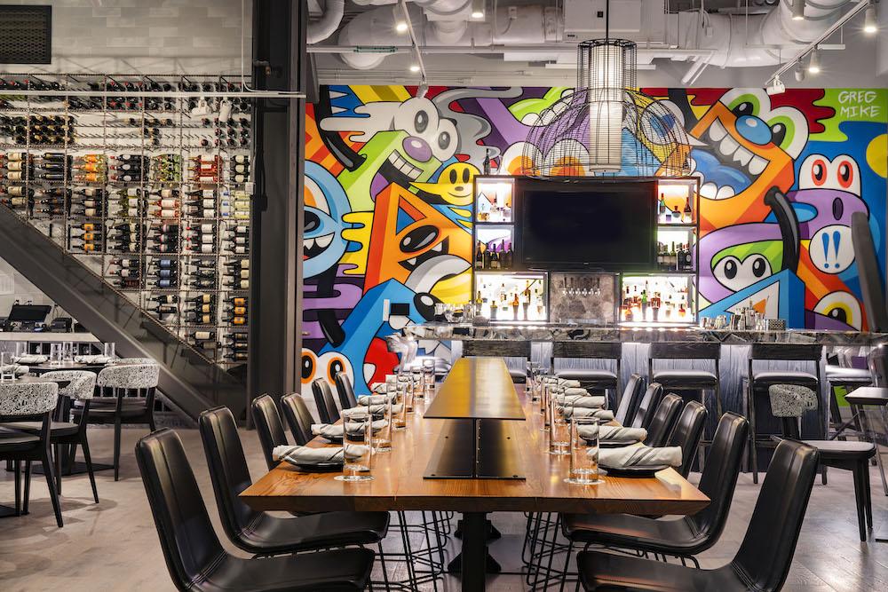 JW_SAVJW_Graffito_Dining