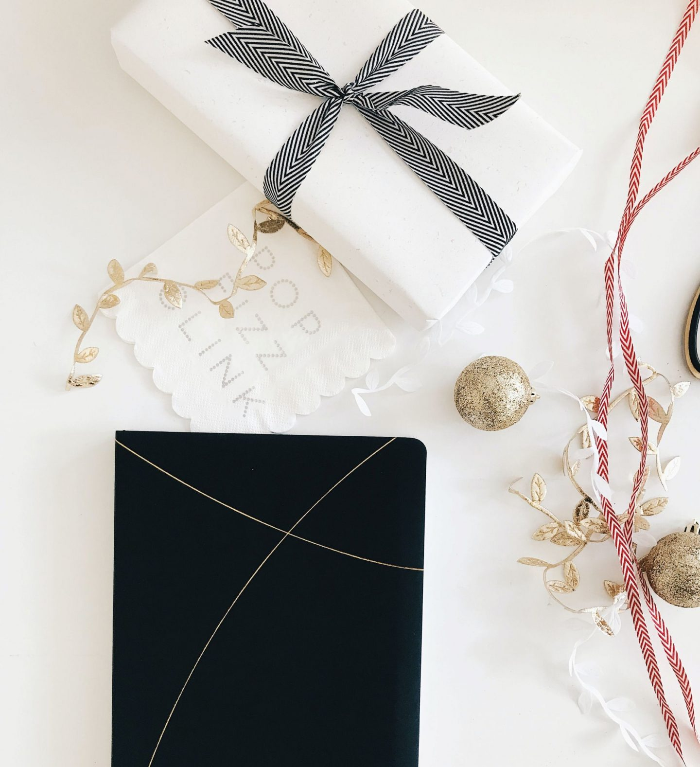 The Holidays Arrive Early at The Accessories Council